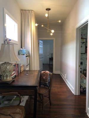 Photo for Charming 2 bedroom in historic downtown  Charleston near musc