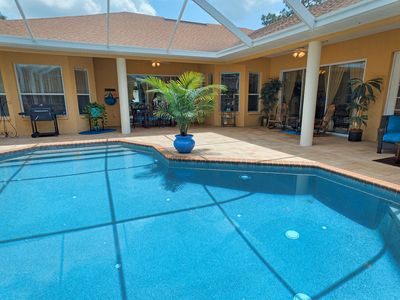 WELCOME GOLFERS, FAMILIES AND FRIENDS! HEATED POOL/SPA, 3767 SQ FT OF LUXURY!