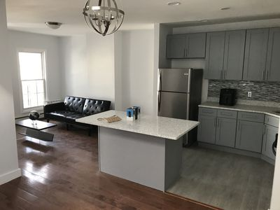 Photo for Modern 3BR/1B in prime location (15 Min to Manhattan)