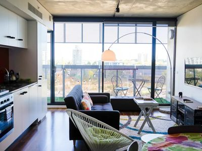 Photo for Modern 2 Bedroom Apartment With City Views