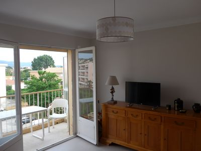 Photo for Seaside stay in Residence at Six Fours les Plages / 5 min from the port of Sanary