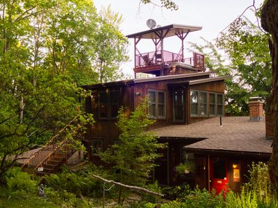 Photo for Cozy, tree-top apartment, over-looking pioneer valley