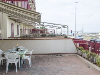 "Photo for Three room apartment 50 meters away from the sea ""Parago"""