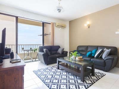 Photo for 3bed Seaview Huge Pool by beach