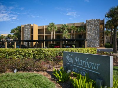 Photo for Longboat Key 14 in Longboat Key. Beautiful turnkey furnished first floor condo
