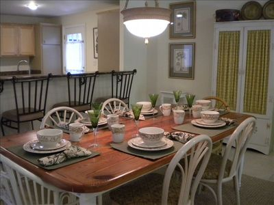 Large Dining Table Seats 6-10 in Hilton Head Villa Near Beach and Pools.