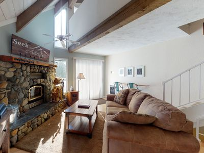 Photo for NEW LISTING! Cozy condo close to lake w/ shared pool & hot tub - skiing & hiking