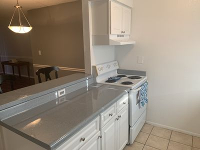 Photo for Quaint 2 bed near USF