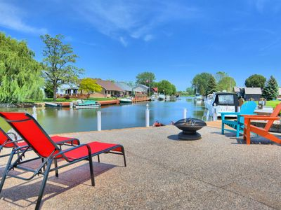 Photo for Upscale cottage with all the amenities & dock your boat right in the backyard!