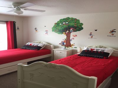 Photo for Perfect Getaway close to Disney and all attractions! Excellent reviews!