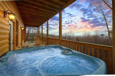 Emerald City Lights #203- Hot Tub with A Mountain View