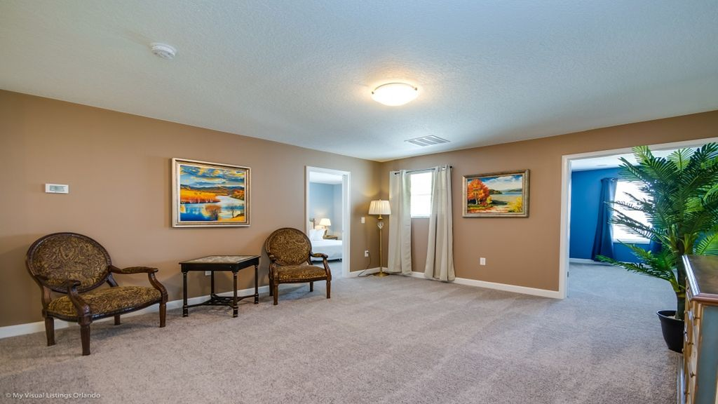 Keep The Kids Entertained! Movie Theater- Games Room- Large Pool/Spa!