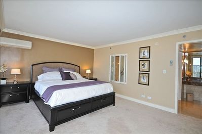 California King sized bed