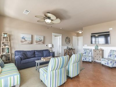 Ready for summer! Discount for extended stay; we pay the 9% Galveston tax