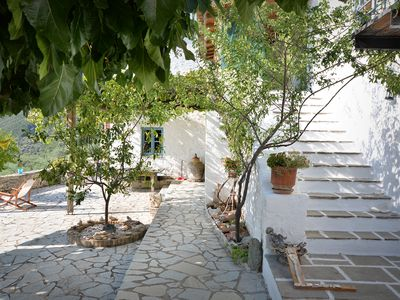 Photo for Characterful restored Greek house close to both mountain and sea