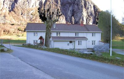 Photo for 5 bedroom accommodation in Eresfjord