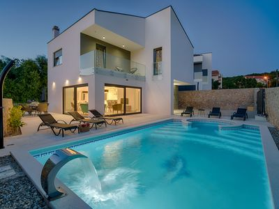 Photo for Beach Villa with pool, jacuzzi, 30 meters from the sea, magnificent sea views
