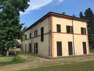 Photo for Charming villa in the Piacenza countryside