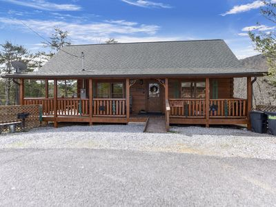 Photo for A BEAR'S VIEW **LUXURY ALL WOOD CABIN! GREAT LOCATION,  STUNNING PANORAMIC VIEWS