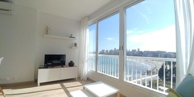 Photo for Charming studio, with spectacular views. Completely renovated.