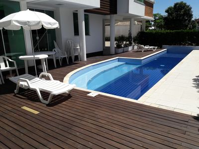 Photo for Beautiful 3 bedroom apartment w / pool in Jurerê two blocks from the beach
