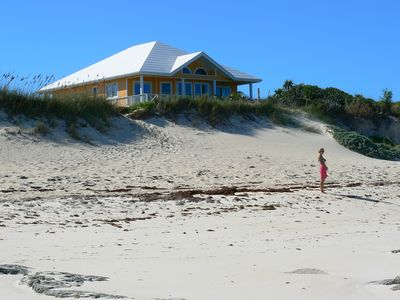Beach Dream sits directly above the gorgeous pink-sand beach!