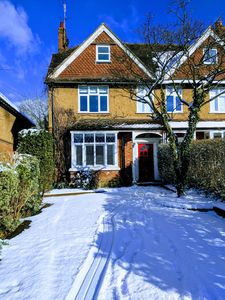 Photo for 6BR House Vacation Rental in Oxted, England