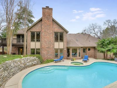 Photo for AUTHENTIC BRICKWOOD | Up to 10 Beds | Close to DWTN | Pool I New Remodel