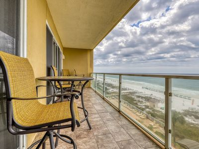 Photo for Superb Gulf front condo w/ access to a shared pool, pool spa, & fitness center