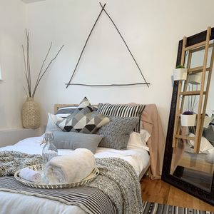 Photo for Seattle Hill Basecamp Den | Fresh Remodel l Perfect Location