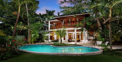 Idle Awhile, 1-5 Bdrm. Oceanfront Negril Villa Resort, Family Friendly, Staffed