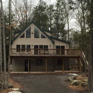 Photo for Wallenpaupack  Getaway Chalet - 4 bedroom - sleeps 10-12