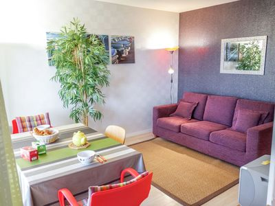Photo for Beautiful apartment for 2 guests with WIFI, TV, balcony, pets allowed and parking