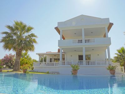 Photo for Villa with pool and garden in Alacati (in Cesme)