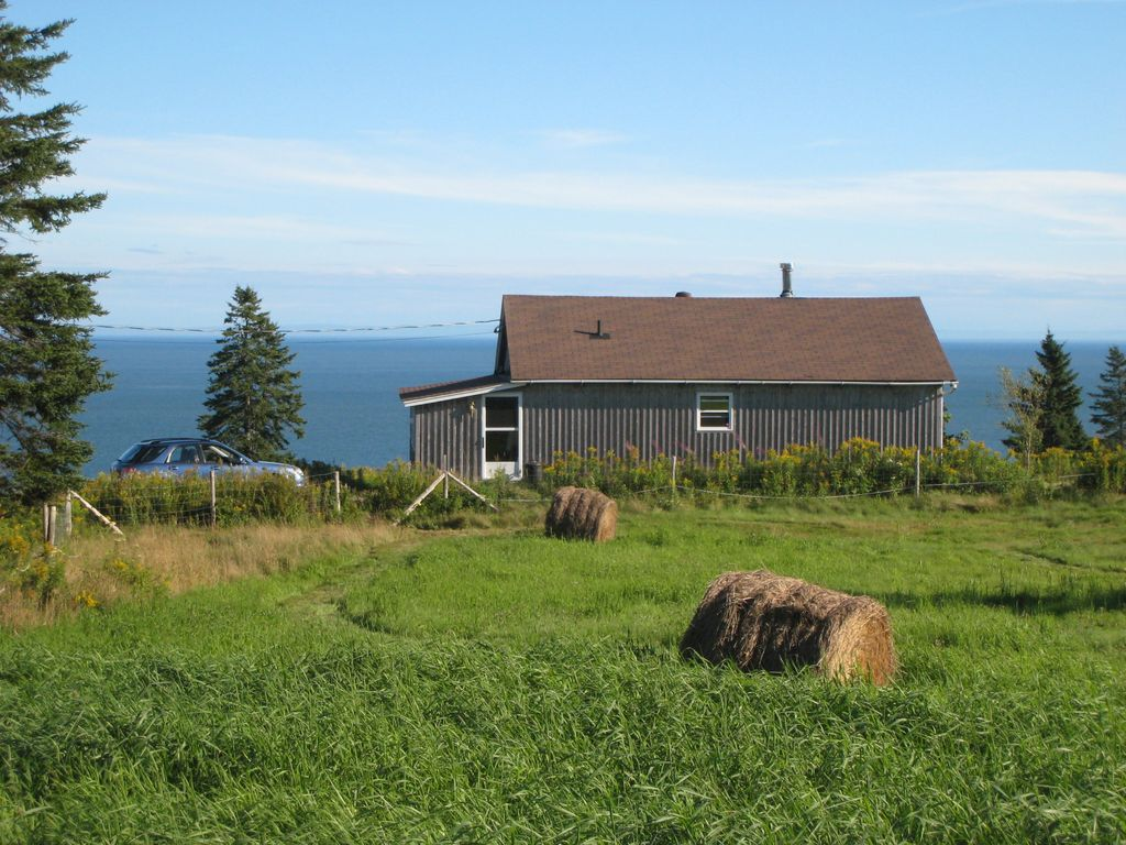 Waterfront on beautiful unspoiled bay of fundy 1072406 for Minimalist house bay of fundy
