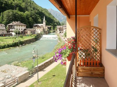 Photo for Apartment Ca' del Nore (VDG300) in Fontainemore - 4 persons, 2 bedrooms
