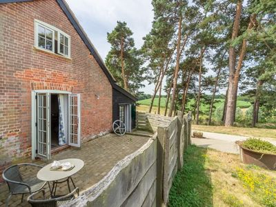 Photo for This stylishly converted dairy is set in an idyllic location.