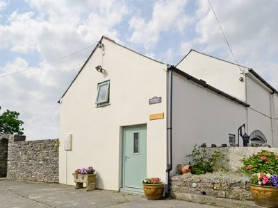 Photo for 1 bedroom accommodation in Lampeter Velfrey, near Narberth