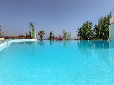 Photo for Stunning private villa for 10 people with private pool, WIFI, TV and parking