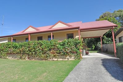 BEILBY BEACH COTTAGE - FREE WIFI & FOXTEL - PET FRIENDLY (OUTSIDE ONLY) -  Inverloch