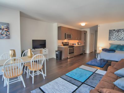 Photo for ★ Magnificent Apt Near Magnificent Mile ★