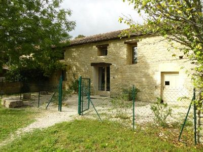 Photo for Gite Trespoux-Rassiels, 4 bedrooms, 10 persons