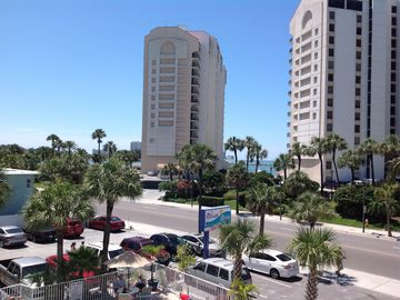 Pelican Pointe (Clearwater Beach, Clearwater, FL, USA)