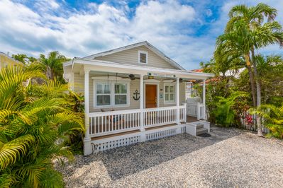 A quiet retreat just steps from Duval Street and local galleries