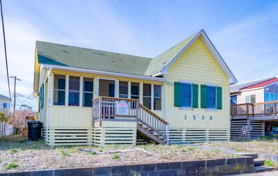Photo for K0401 Beach Road Cottage. Semi OF, Pool, NEW Hot Tub, 50 Yards to Beach