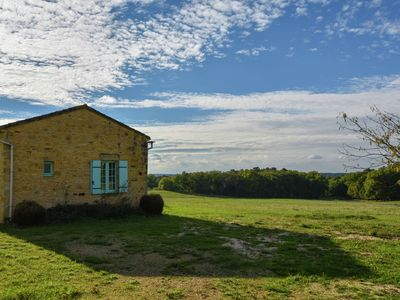 Photo for Cottage in the countryside with beautiful view, enclosed private pool and BBQ.