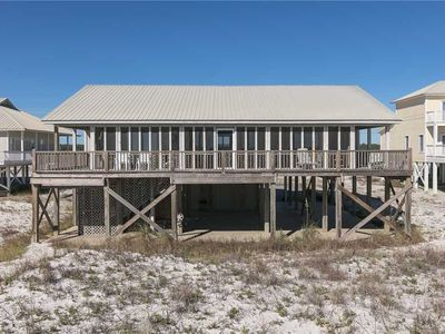 Photo for HAVE A BALL with Kaiser in Howard Ranch House: 4 BR/4 BA House in Gulf Shores Sleeps 10