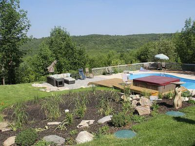 Photo for 4BR Cottage Vacation Rental in Grey Highlands, ON