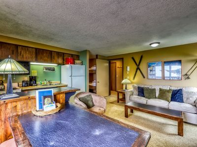 Photo for Cozy mountain condo with shared hot tub & sauna - ski to lifts, lodge, & slopes!