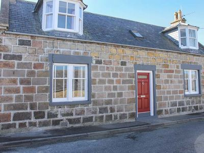 Photo for SLATER'S, pet friendly, with open fire in Portknockie, Ref 924339